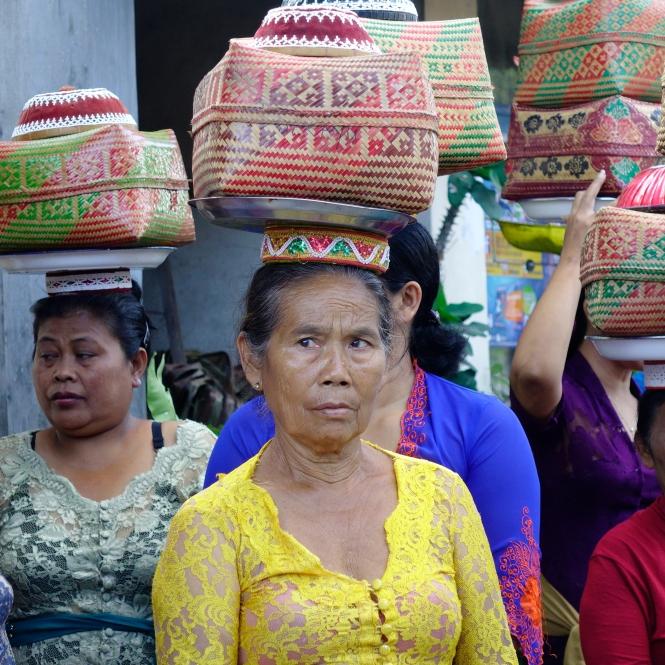 Ubud Village women en route to celebration