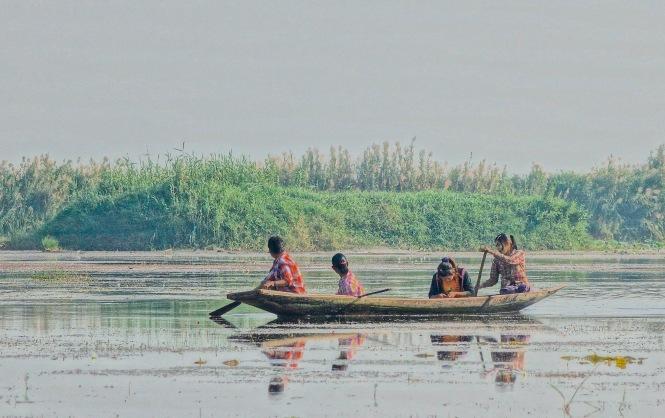 11 row boat 7953