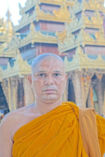 15 Monk head 7558