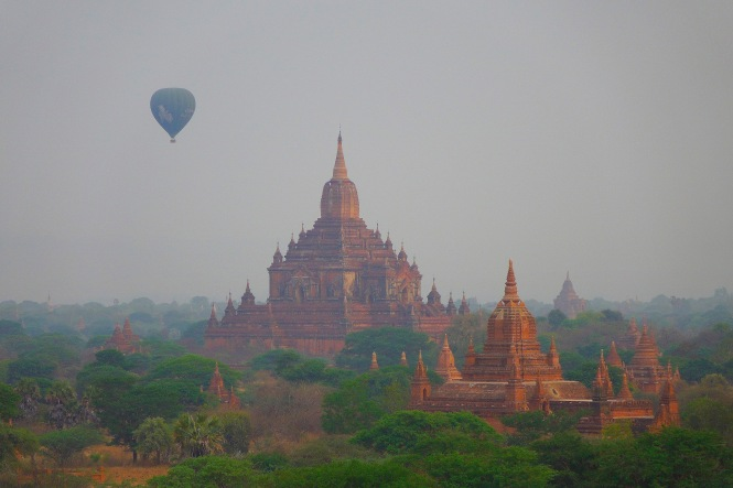 7 Bagan balloon1 8380