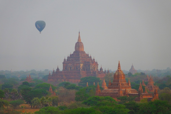 7 Bagan balloon1 8380