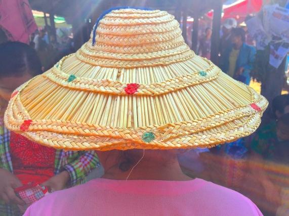 9 lady hat 5024
