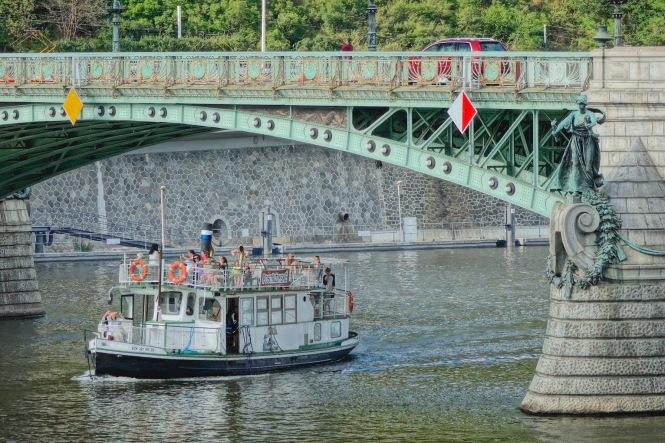 5-boat1-1860esm