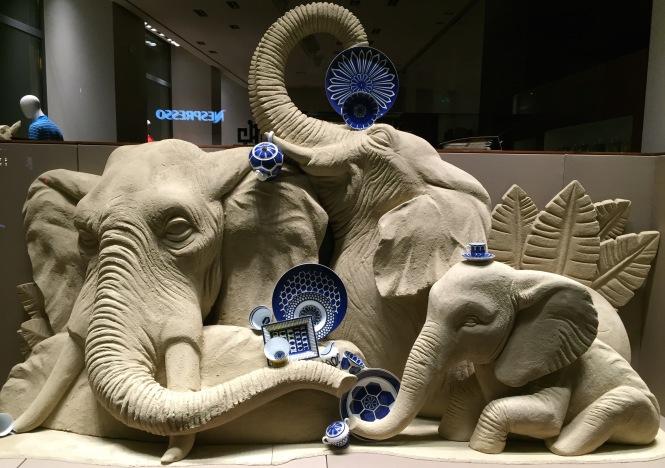 1-elephants-7873no