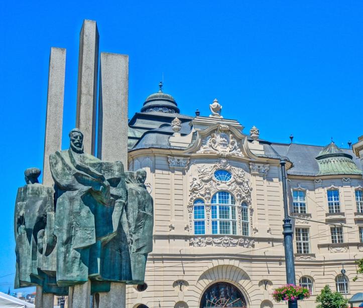 Ludovit Stur Square sculpture