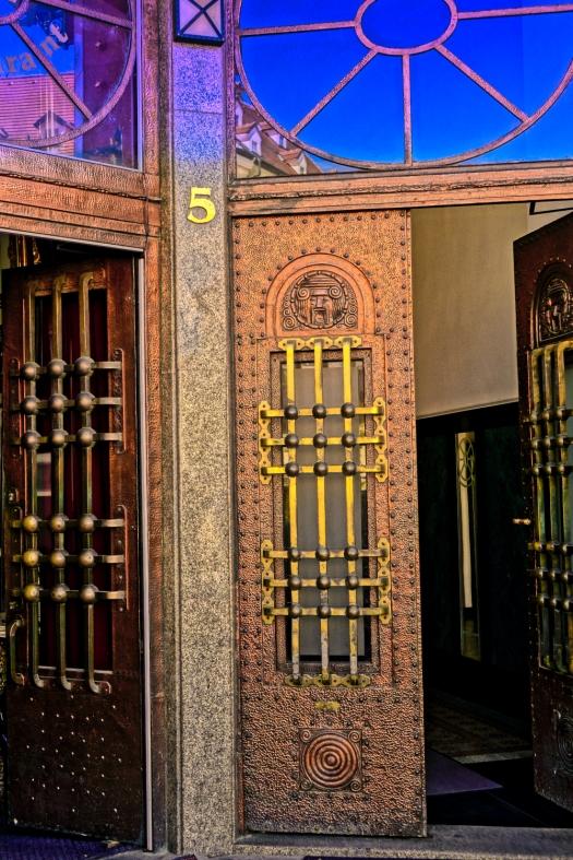 Bratislava bronze door