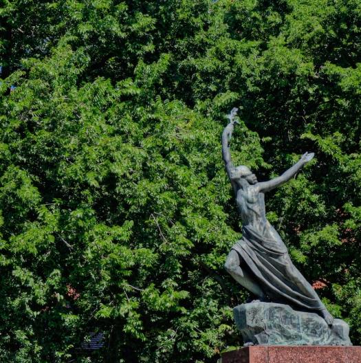 Victory Statue, Bratislava