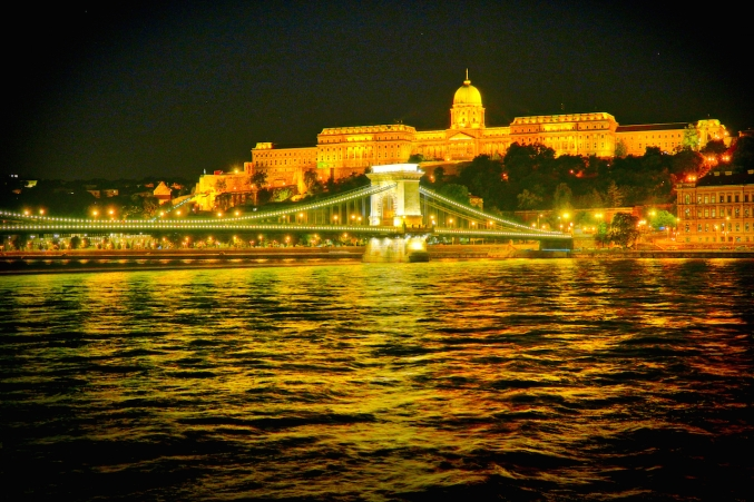 Buda Castle Chain Bridge night