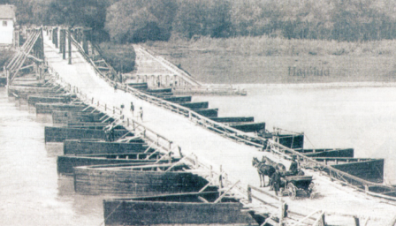 hungarian-pontoon-bridge-