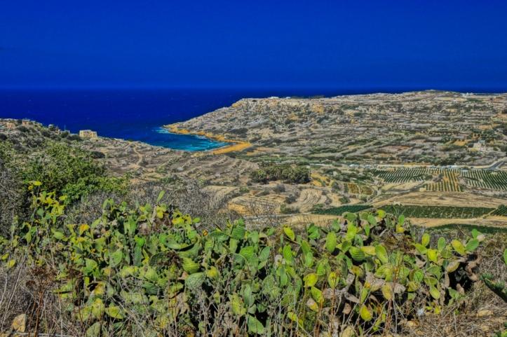 ramla-bay-calypso-cave