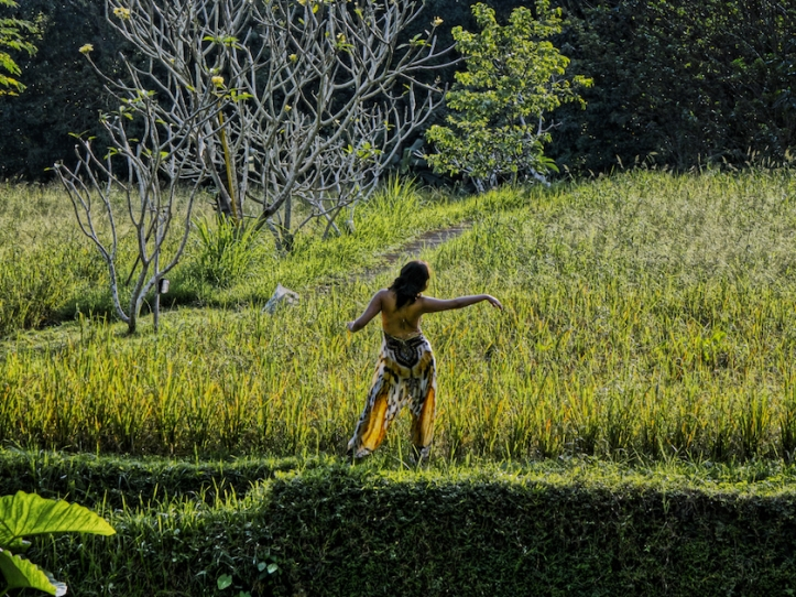 Bali rice field dancing lady